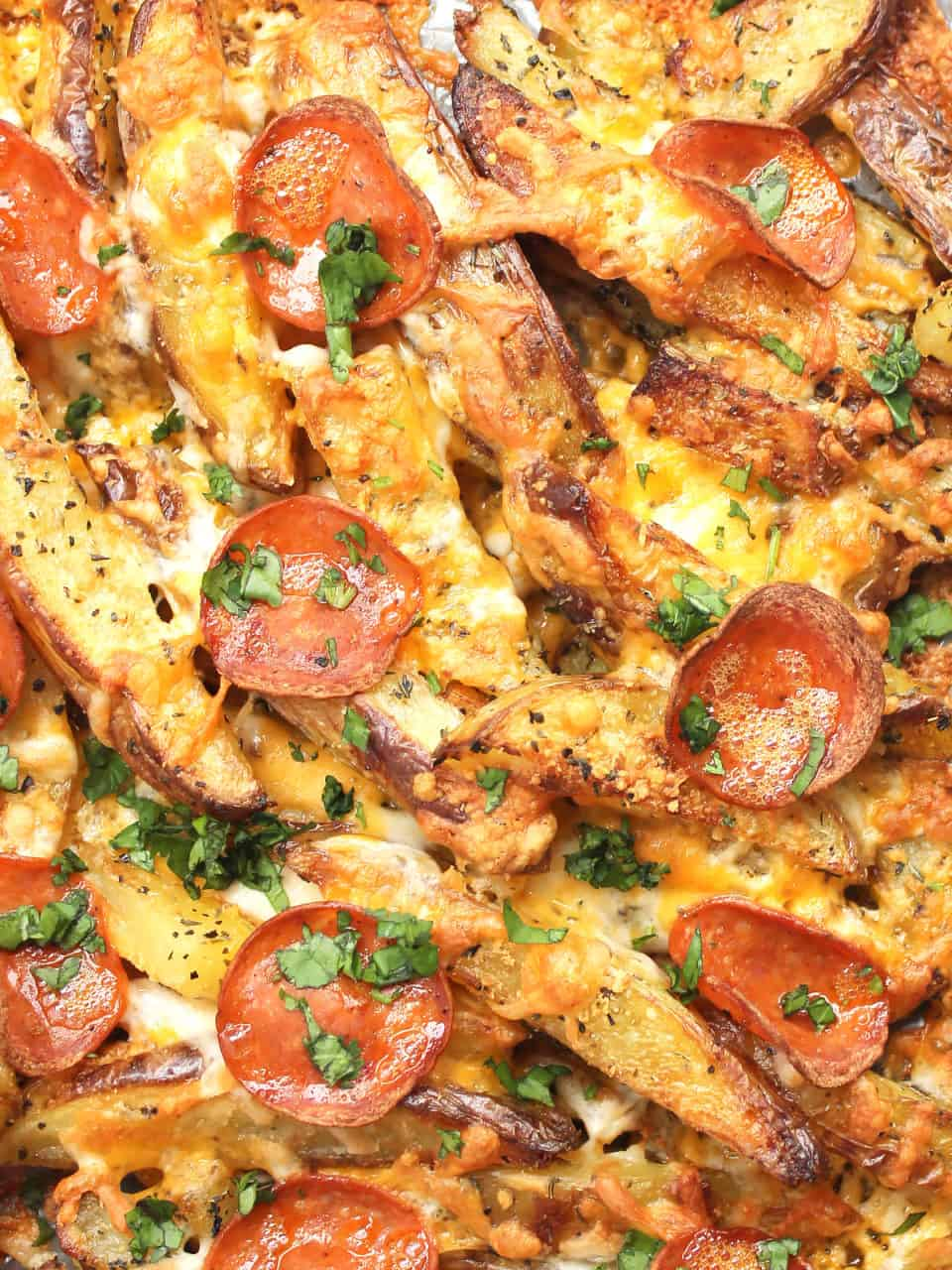 Close up of the baked pizza fries ready to serve.