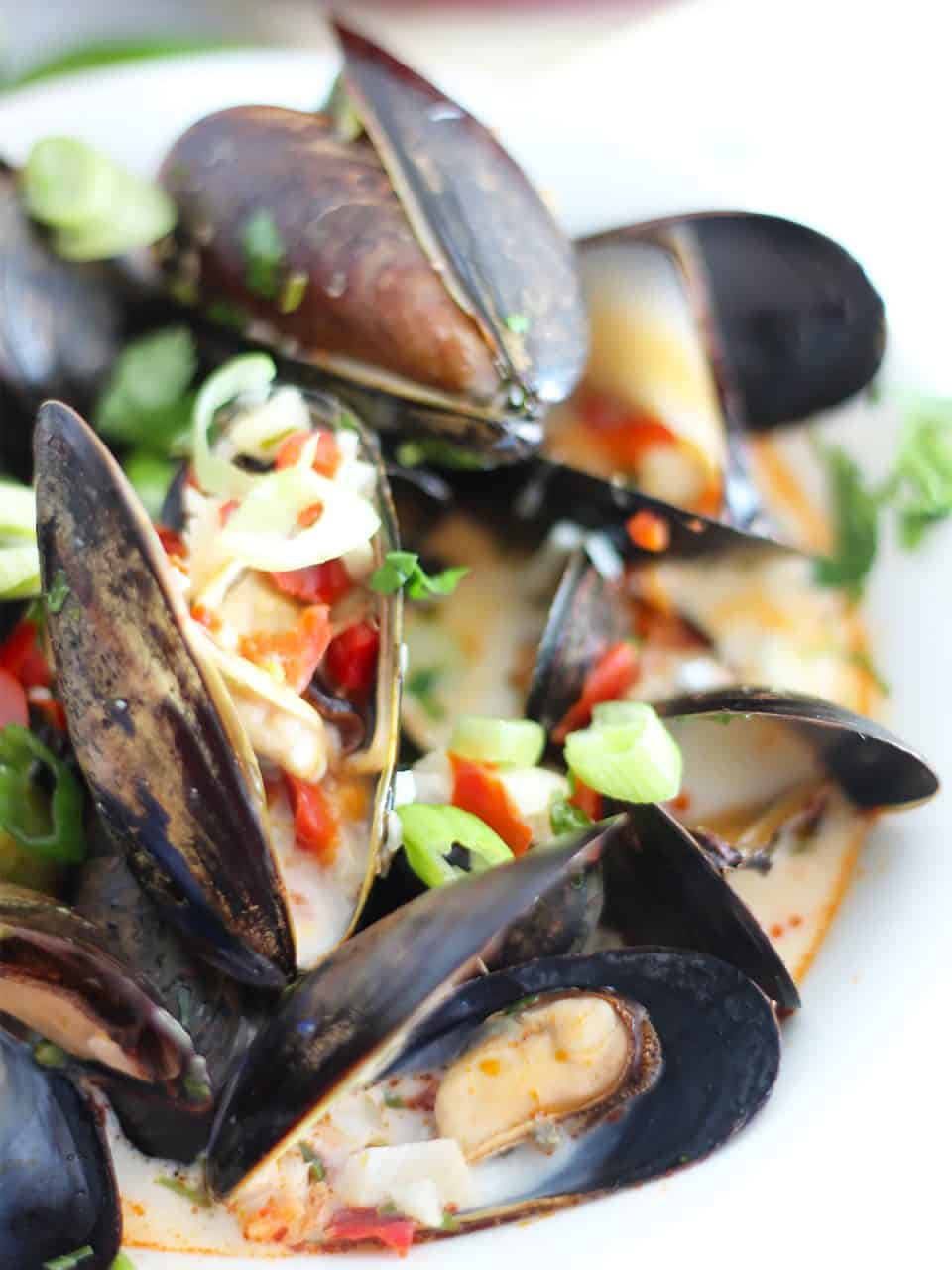 Close up of the cooked mussels ready to serve.