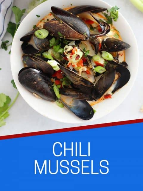 Pinterest graphic. Chili mussels with text.